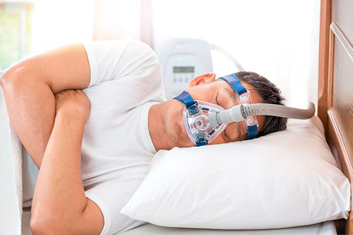 Аппарат для лечения апноэ сна