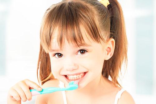 Зубная щетка ROCS (РОКС)